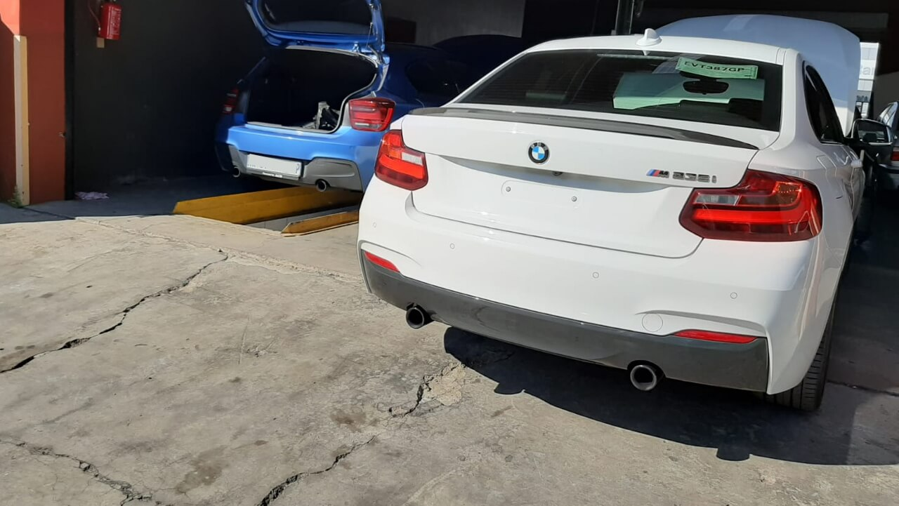 BMW M 235 - oil leak, pdc faulty 2