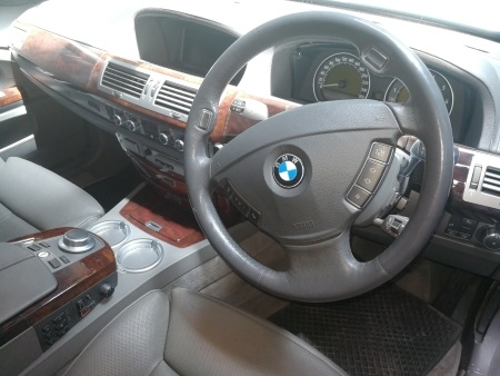BMW 760Li 12 Cylinder - Stylish Interior - GP Motor Works