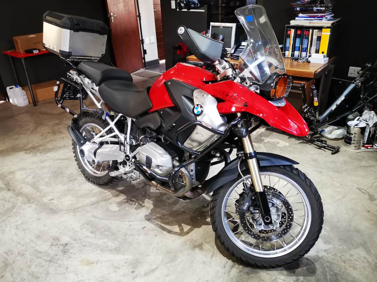 BMW R1200GS Motorcycle service and shock absorber reconditioning service at GP Motor Works